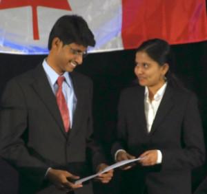 HelioAstra team members (from left) Akhil Raj Kumar Kalapala and Krishna Bhavana Sivaraju. (Photo: Michael McGuire)